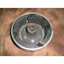 Volant magnetique IT 175