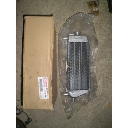 Radiateur neuf YZ 250 de 2001